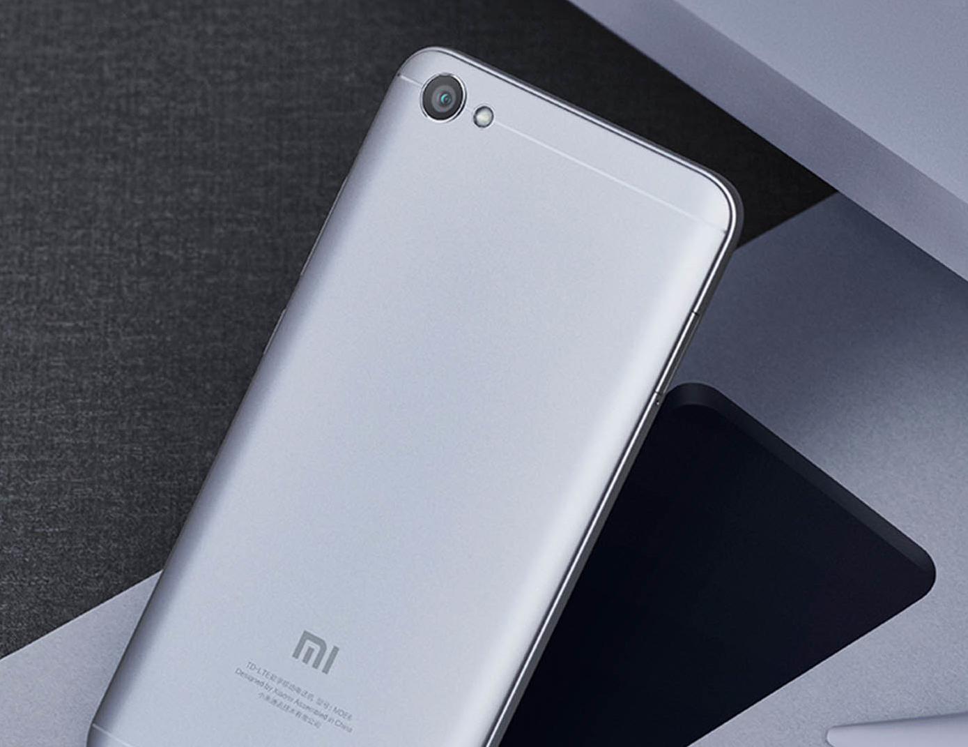 Смартфон Xiaomi Redmi Note 5A 16GB (black)